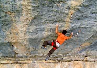 Chris Sharma is BACK in Céüse