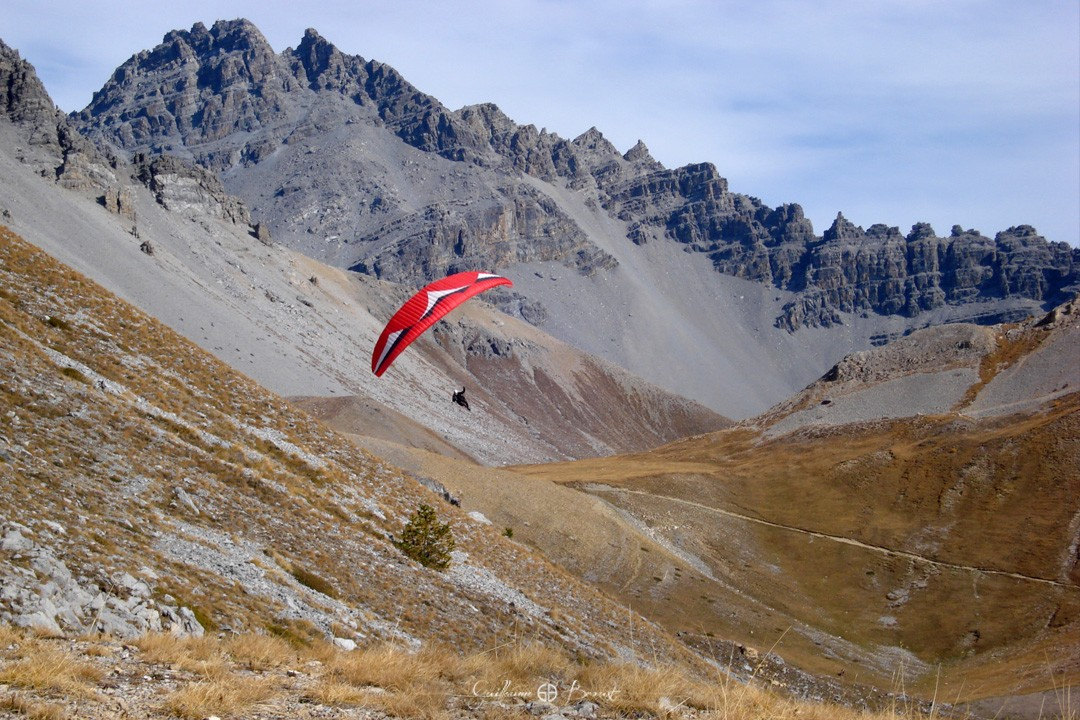 Ozone Choose your Passion - Paragliding in Queyras ©Guillaume Broust
