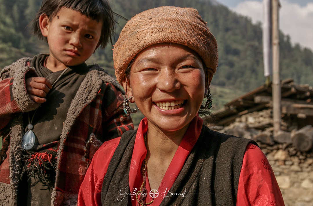 People from Tsum Valley - ©Guillaume Broust