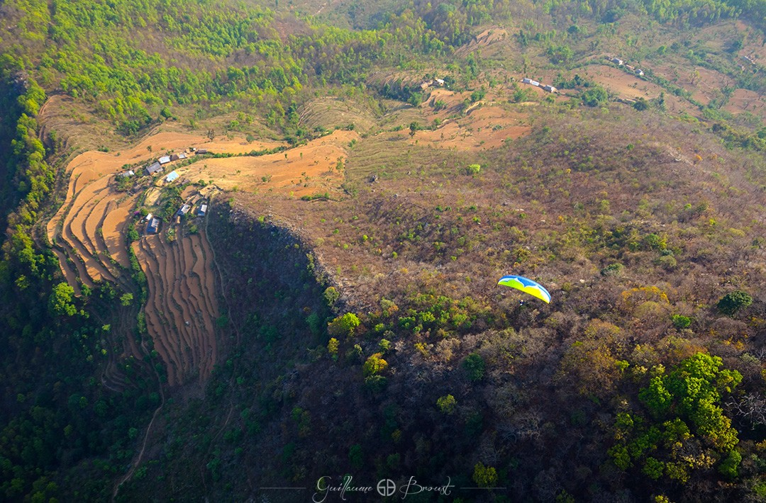 Flying in Bandipur - ©Perrine Broust - Frequent Flyers Nepal