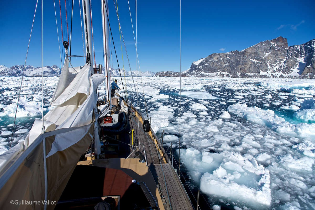 Maewan Adventure Base Expedition in Greenland ©Guillaume Vallot