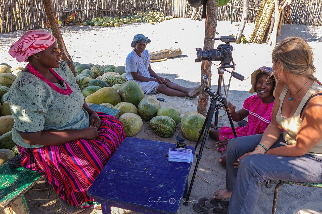 Making-of - Interview en Namibie ©Les Chants de l'Eau - Film Documentaire