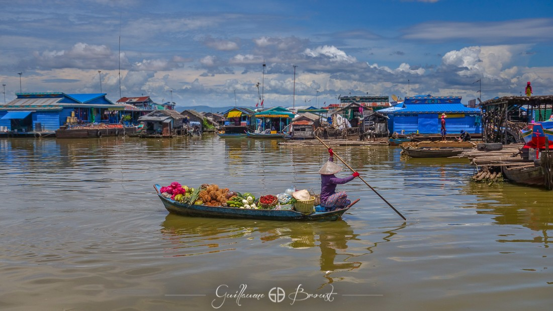 Life in the floating village of Kompong Luong - Cambodia ©Guillaume Broust - Les Chants de l'Eau