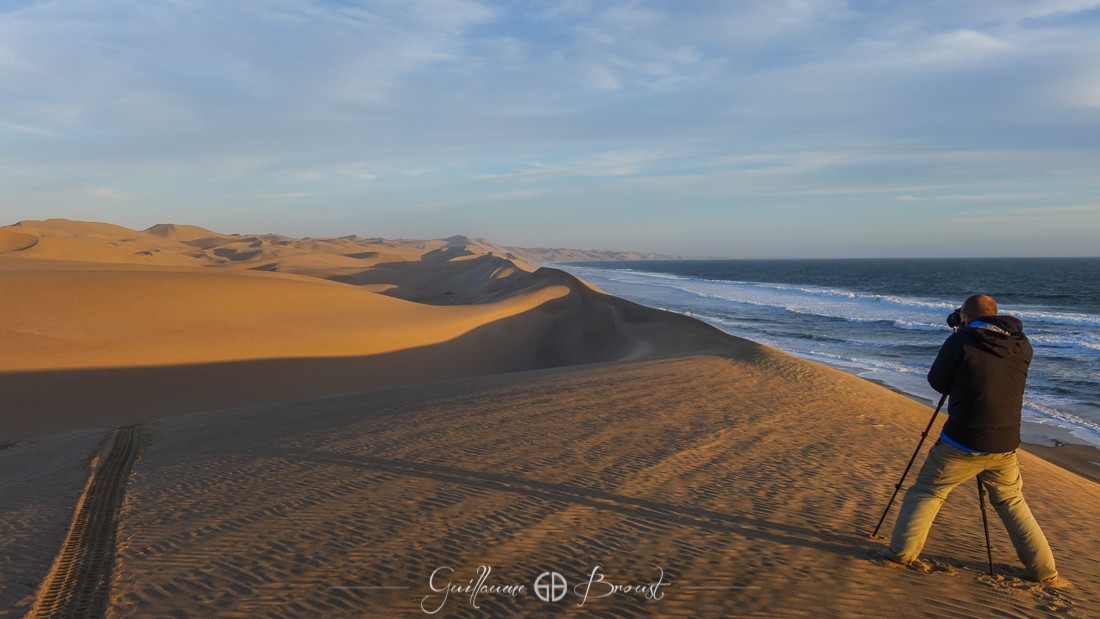 Water vs Sand in Sandwich Harbour - Namibia ©Guillaume Broust - Les Chants de l'Eau