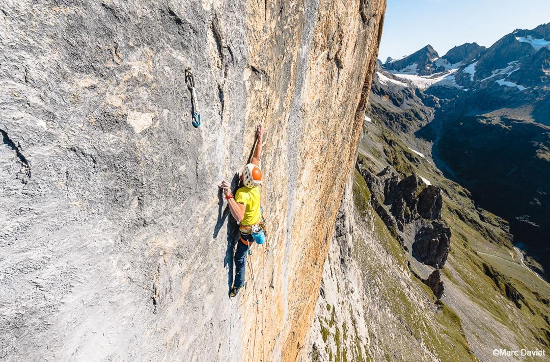 "Swissway to Heaven - Cedric Lachat & Fabien Dugit climb ""Zahir"", Wendenstöcke ©Marc Daviet"