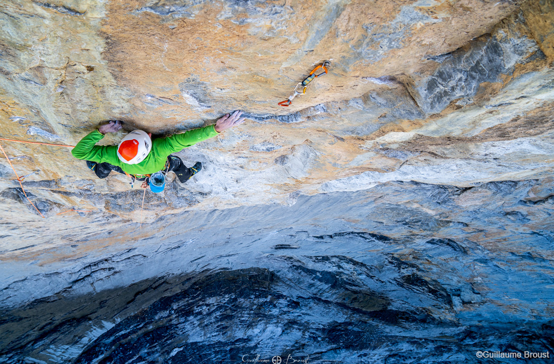 """Swissway to Heaven - Cédric Lachat climbs """"Odyssee"""", Eiger North Face ©Guillaume Broust"""